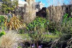 733 - Bishops Garden