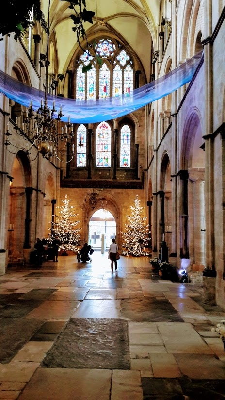 386 - Cathedral Christmas